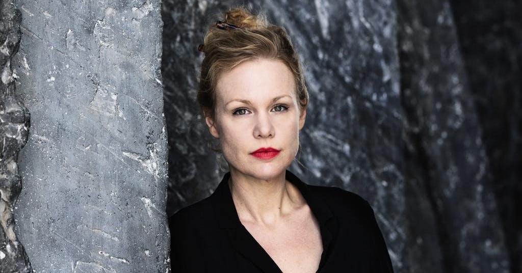 Hon får Sveriges Radios romanpris