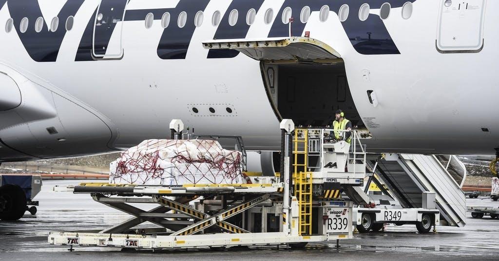 Finnair inför krav på munskydd