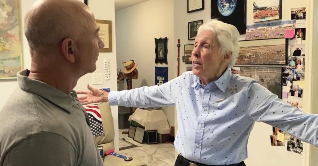 82-åriga Wally Funk med på Bezos rymdfärd