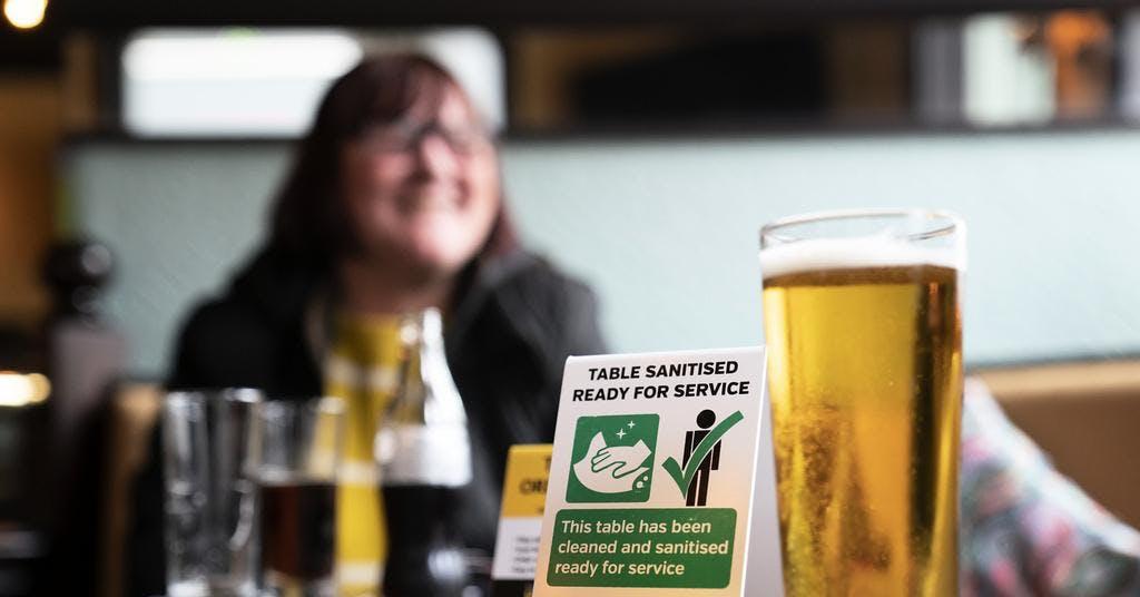 Stort sug efter kramar och öl i Storbritannien