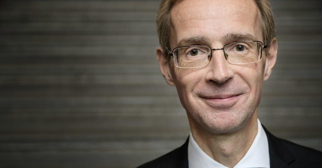 Bankekonom befarar ras på Stockholmsbörsen