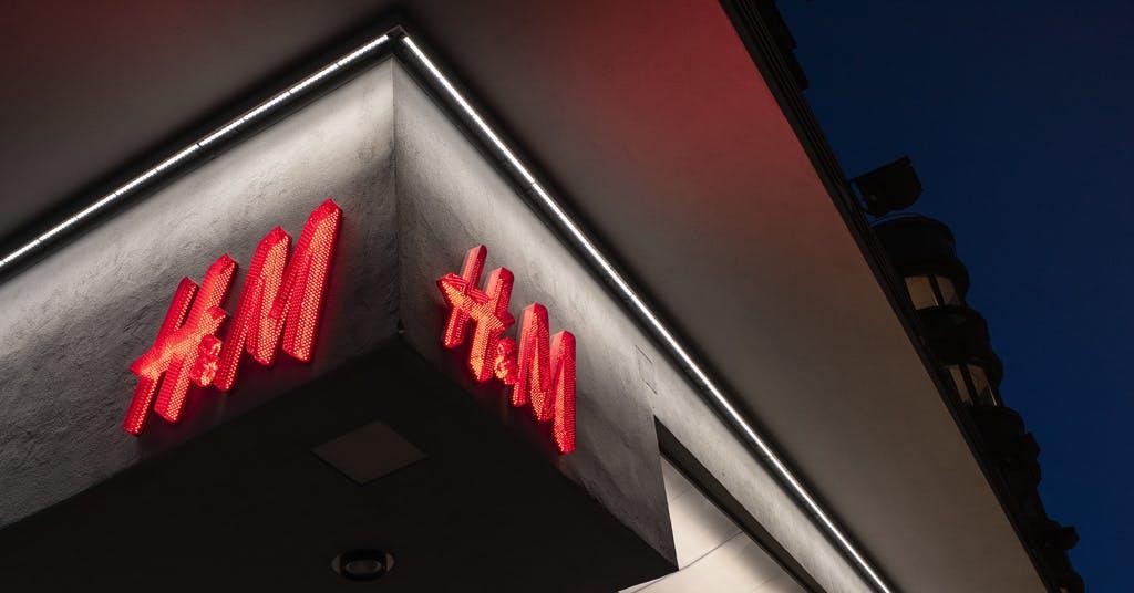H&M håller stängt i Italien